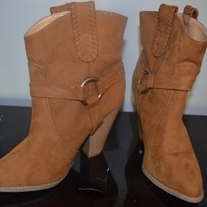 BNWT Express Ankle Boots
